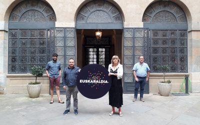 Euskaltzaleen Topaguneak eta Nafarroako Gobernuak hitzarmena berritu dute Euskaraldia Nafarroan gauzatzeko